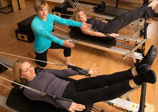 Semi-private pilates session in pilates studio