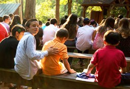 Kingswood campers celebrating Shabbat at outdoor chapel