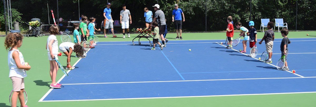 Campers on the tennis courts